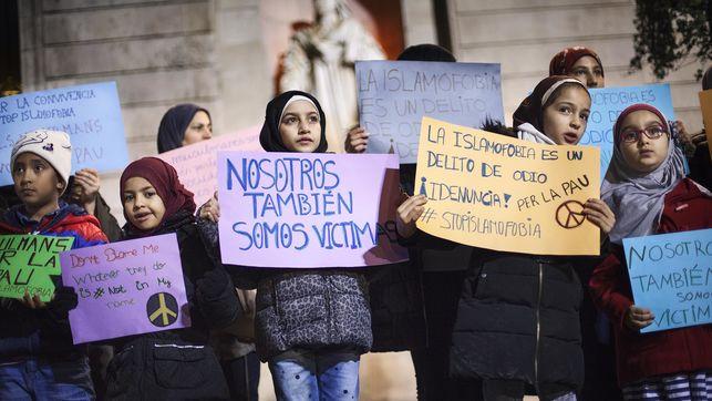 ¿Es islamófobo monitorear a las comunidades musulmanas?